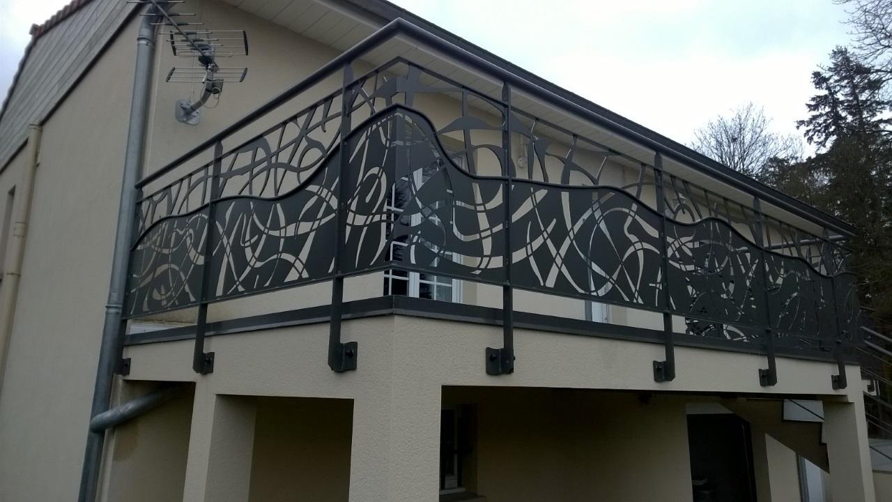 Metallerie Exterieure Decorative En Acier Alex Viel